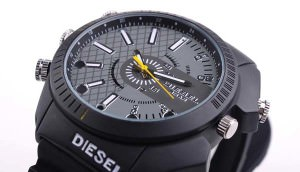 Часы с камерой от фирмы Diesel