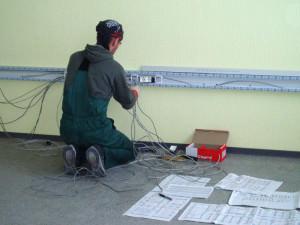 Монтаж короба для проводов